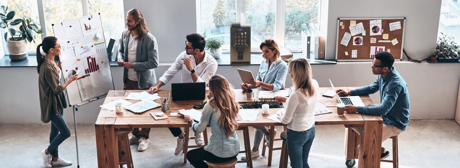 Coffeetek-VitroS1-Meeting-Office-Coffee-Coffeemachine